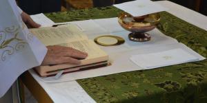 A Eucaristia faz a Igreja comunidade de Amor